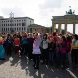 Bild-06-Zumba-Flashmob-Brandenburger-Tor