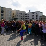 Bild-08-Zumba-Flashmob-Brandenburger-Tor